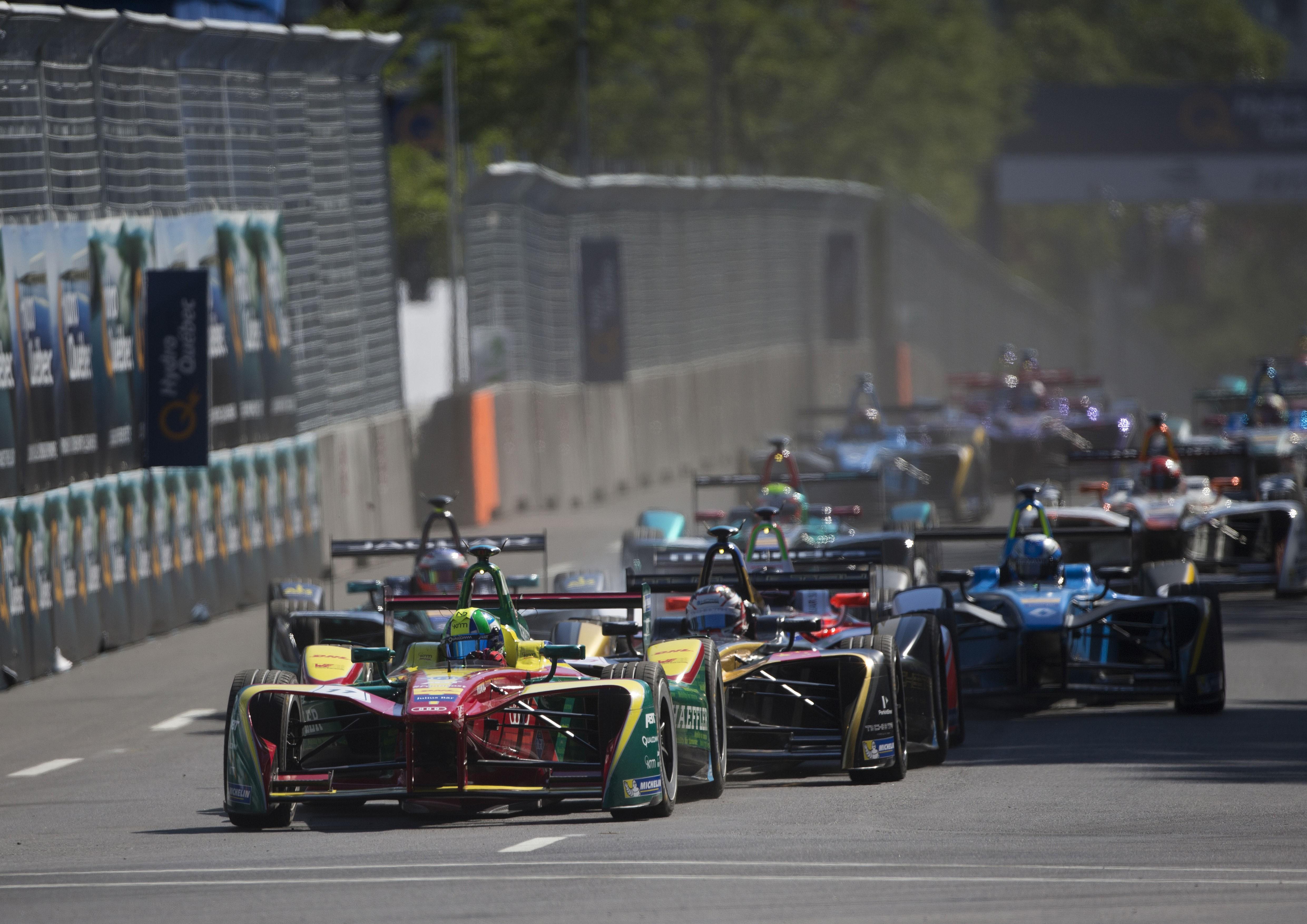 O piloto da Audi largou na frente e pouco tempo depois já mantinha uma vantagem superior a oito segundos para Stéphane Sarrazin.  (Foto: Audi Sport)