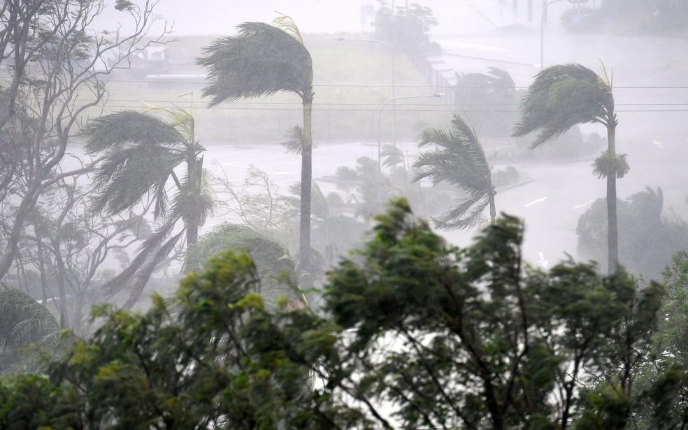 Resultado de imagem para ciclone debbie