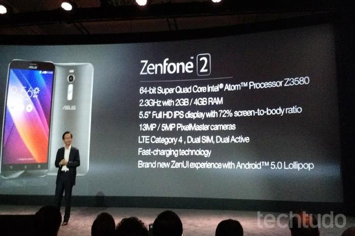 Configurações do ZenFone 2, novo smart top da Asus lançado na CES 2015 (Foto: Isadora Díaz/TechTudo)