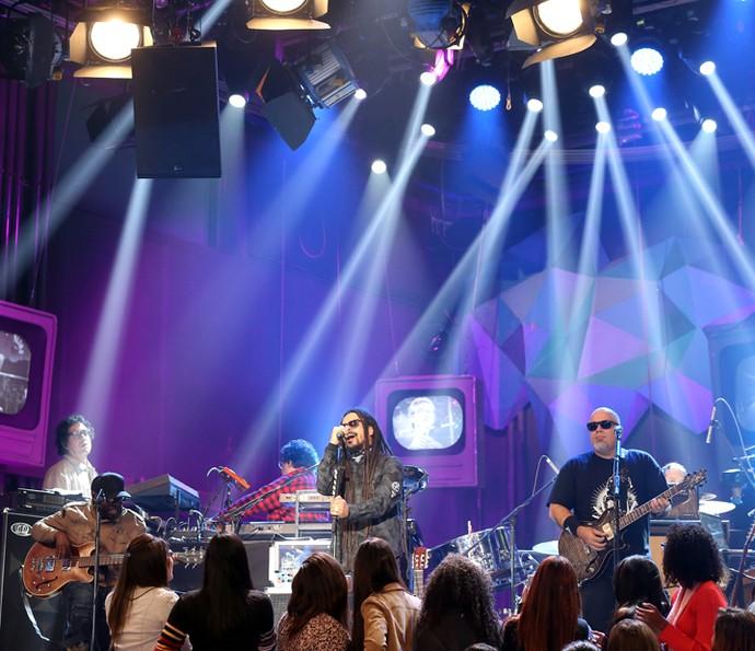 O Rappa se apresenta no programa Altas Horas (Foto: Carol Caminha/Gshow)