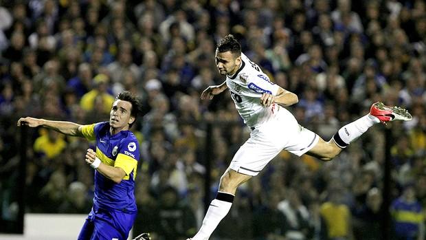 Leandro Castan na partida do Boca Juniors contra Corinthians fnal Libertadores (Foto: EFE)