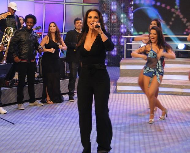 Ivete Sangalo agita o palco do Domingão do Faustão (Foto: TV Globo/ Domingão do Faustão)