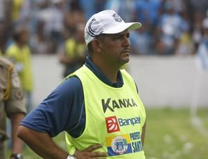 Osvaldo Monte Alegre lidera o São Francisco no Parazão (Foto: Marcelo Seabra/O Liberal)