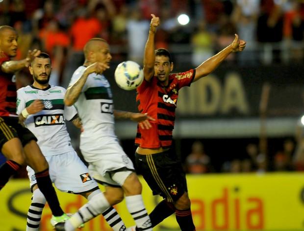 sport x figueirense (Foto: Aldo Carneiro / Pernambuco Press)