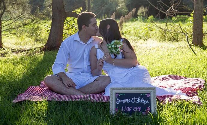 Simone e Felipe vivem a fase dos preparativos de casamento (Foto: Arquivo Pessoal)