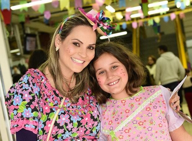 As crianças também se produziram para ficar lindas na festa junina da RPC (Foto: Fernando Benega/ RPC)