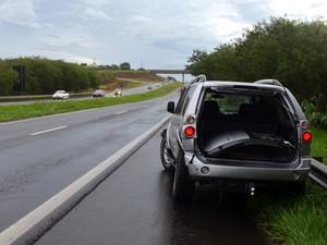 Chuva causa acidentes em trecho de Piracicaba da Rodovia Luiz de Queiroz (SP-304) (Foto: Thomaz Fernandes/G1)