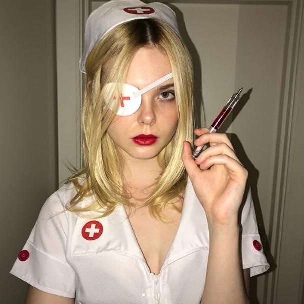 Elle Fanning no Halloween (Foto: Instagram/Reprodução)