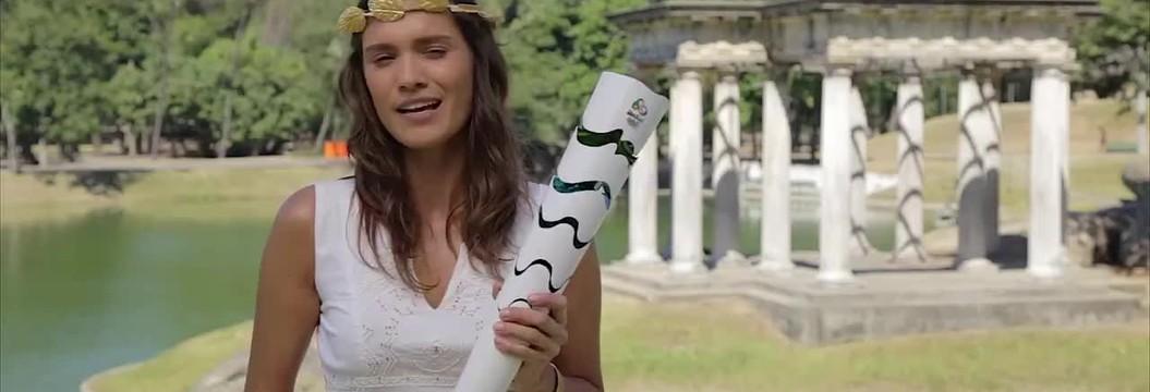 Elea Mercurio conta a história da tocha olímpica