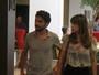 Em meio a boatos de separação, Caio Blat e Maria Ribeiro almoçam juntos