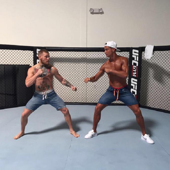 BLOG: Cristiano Ronaldo tira onda de lutador de MMA ao lado de Conor McGregor