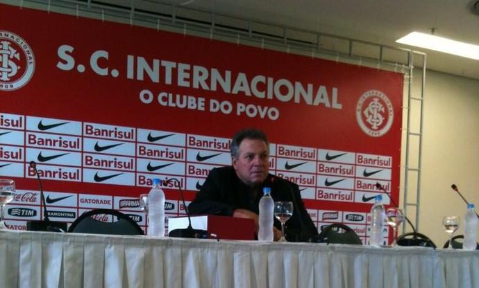 Abel Braga concede entrevista coletiva de apresentação (Foto: Divulgação/Inter)