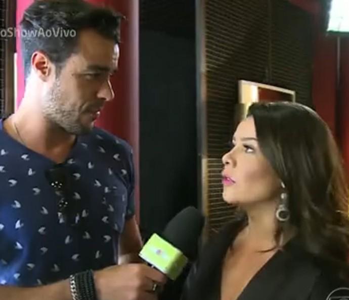 Joaquim Lopes e Fernada Souza: barraco em 'A Regra do Jogo' (Foto: TV Globo)