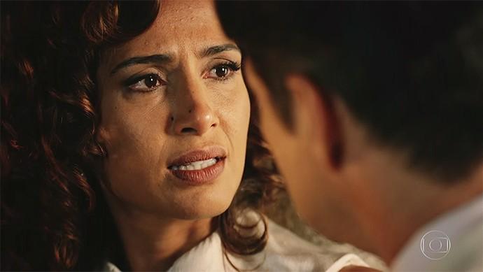 Tereza enfrenta Carlos Eduardo (Foto: TV Globo)