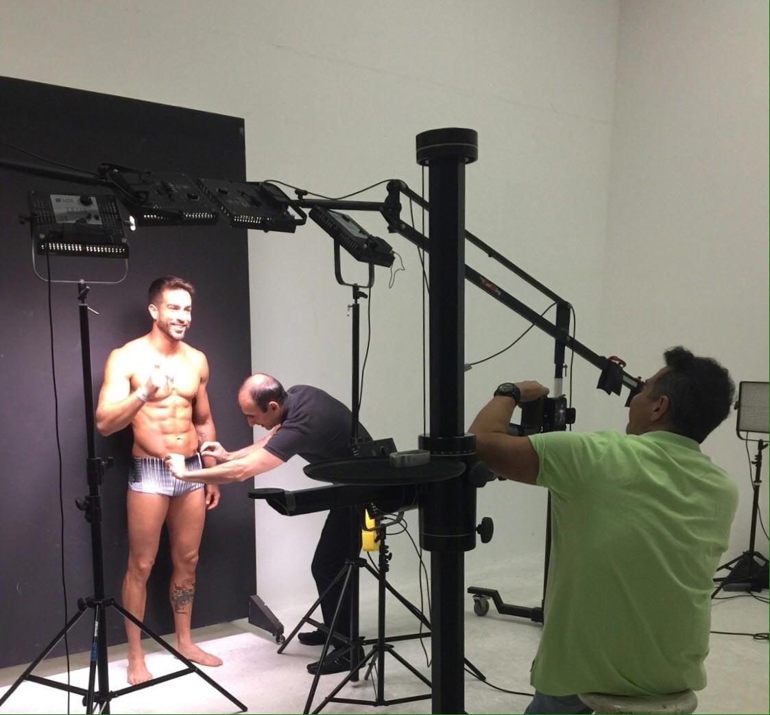 Erasmo Viana com Amir Slama em estúdio (Foto: Divulgação)