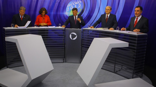 Candidatos à Prefeitura de Belo Horizonte discutiram propostas para a cidade em debate na TV (Foto: Carlos Roberto/ Hoje em Dia)