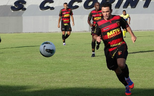 gilsinho sport boca júnior-pe (Foto: Elton de Castro)