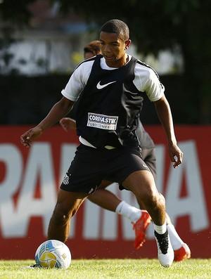 David Braz, zagueiro do Santos (Foto: Ricardo Saibun / Santos FC)