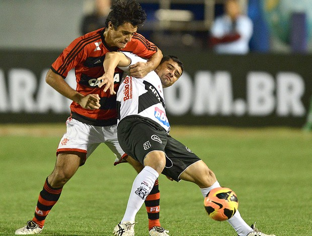 William jogo Ponte Preta e Flamengo (Foto: Juliana Flister / Agência i7 / 'Futura Press)