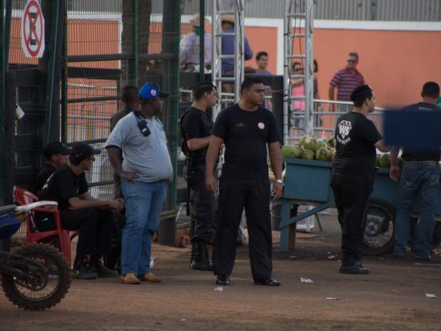 Cerca de 300 homens fazem a segurança patrimonial do Parque do Peão (Foto: Mateus Rigola/G1)