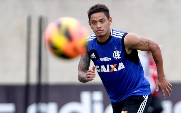 Carlos Eduardo treino Flamengo (Foto: Gustavo Miranda / Agência O Globo)