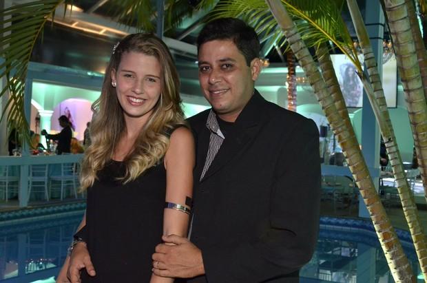 Debby com o marido (Foto: Roberto Teixeira/EGO)