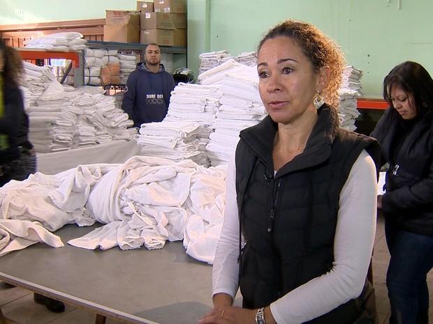 Regina montou negócio de aluguel de toalhas para pet shops e cresceu depois que saiu da informalidade (Foto: Divulgação)