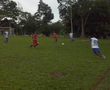Campeonato de Férias no campo do Calafate (Foto: Duaine Rodrigues)