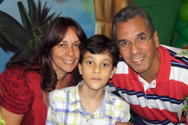 Marli e Nilton esperaram por 19 anos a gravidez do Lucas (Foto: Divulgação/Arquivo Pessoal)