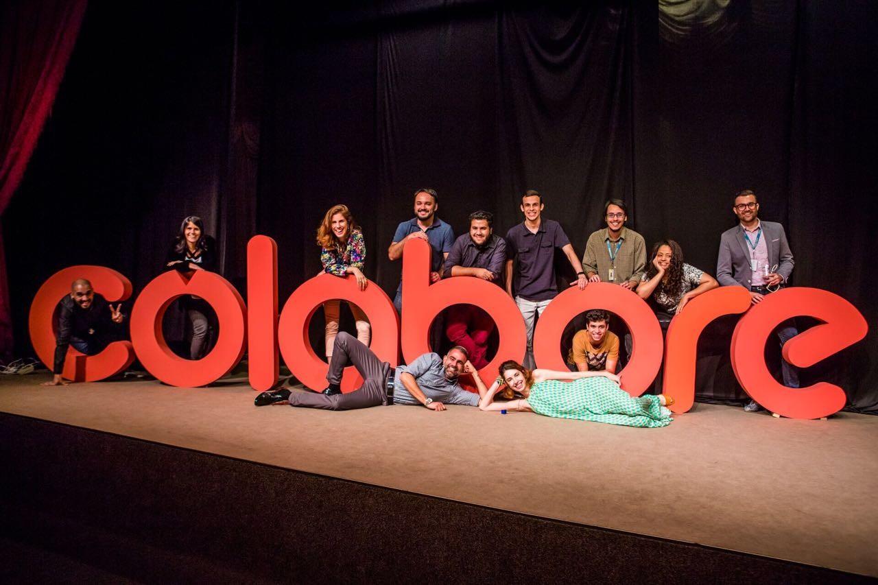 Desenvolvedores do 'Colabore' durante evento de lançamento no Rio (Foto: Divulgação)