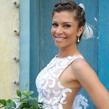 Vestido de noiva de Ester é de renda feita à mão; inspire-se! (Flor do Caribe/TV Globo)