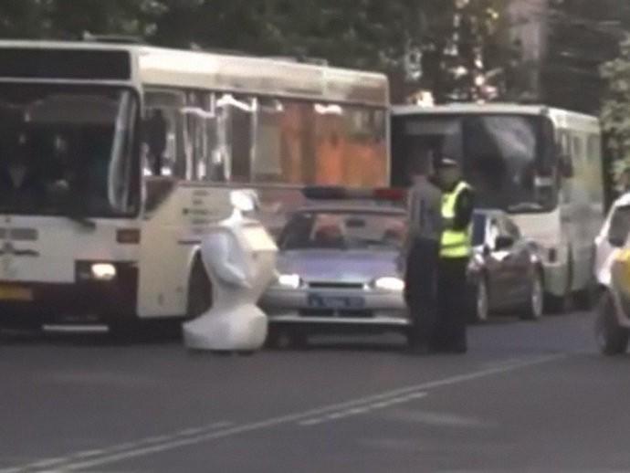 Polícia foi mobilizada para impedir maior congestionamento (Foto: Reprodução)