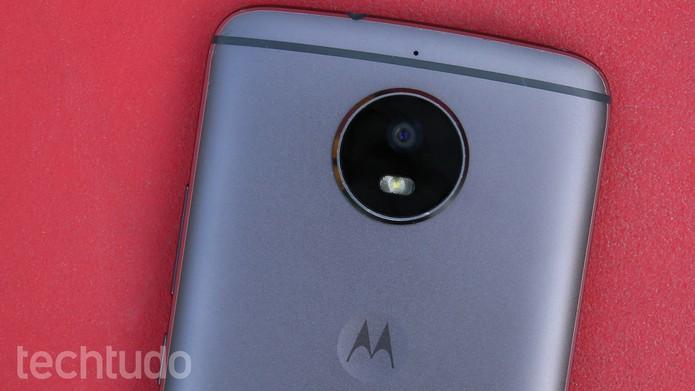 Câmera saltada do Moto G5S (Foto: Ana Marques/TechTudo)