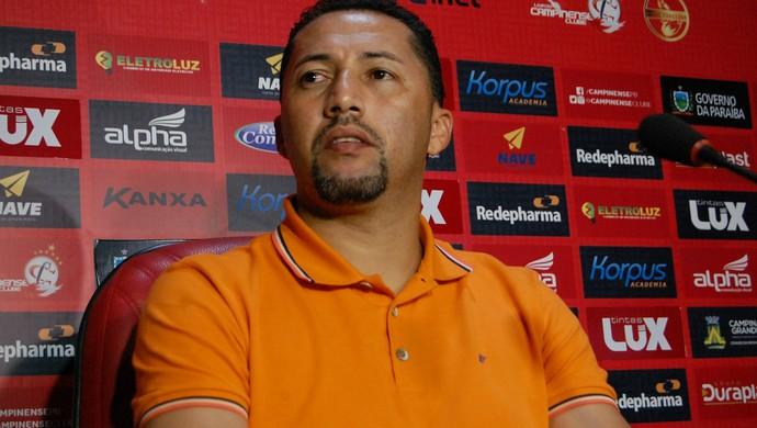 Marquinhos Marabá, gerente de futebol do Campinense (Foto: Silas Batista / GloboEsporte.com)