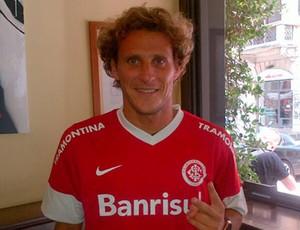 Forlán é do Inter, anuncia site (Foto: Divulgação/Inter)