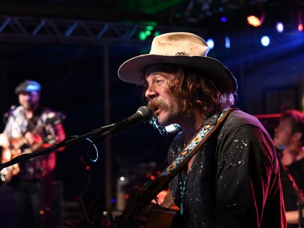 Donavon Frankenreiter em show na Zona Norte do Rio (Foto: Ari Kaye/ Divulgação)