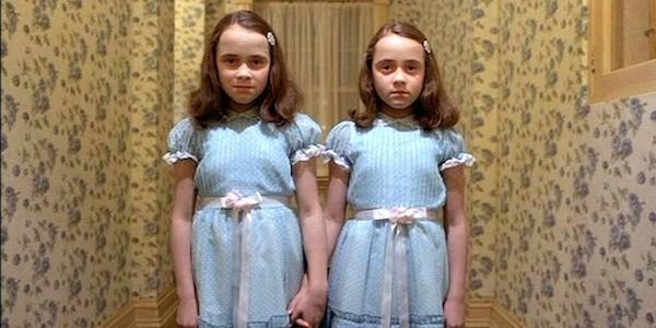 As gêmeas do clássico O Iluminado (1980) (Foto: Reprodução)