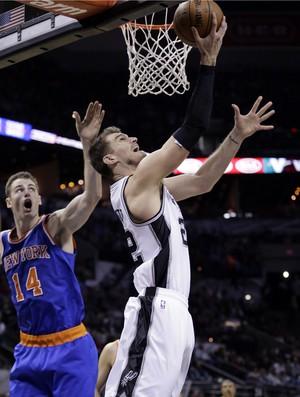 Tiago Splitter Spurs x Knicks NBA - AP (Foto: AP)