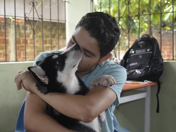 Animal foi encontrado nesta terça-feira (18) (Foto: Dyepeson Martins/G1)