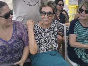 Luiza Ramos (no meio), filha do escritor Graciliano Ramos (Foto: Larissa Vasconcelos/G1)