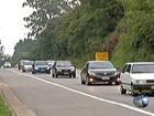 Mogi-Bertioga tem mais um dia de trânsito intenso