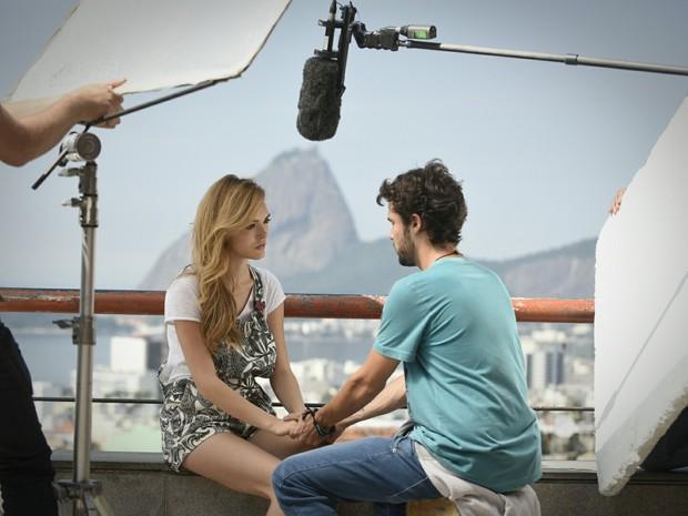 Isabelle Drummond e Jayme Matarazzo gravam Sete Vidas (Foto: Raphael Dias/Gshow)