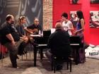 FOTOS: Bella Stone e Priscylla Lisboa ensaiam música de Elton John