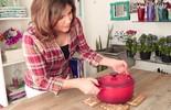 Aprenda a fazer um descanso de mesa com rolhas de vinho (TV Globo)
