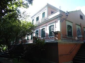 Vivenda Santo Antonio de Apipucos foi o local escolhido para morar por Freyre durante 40 anos. (Foto: Gabriela Belém, G1 PE)