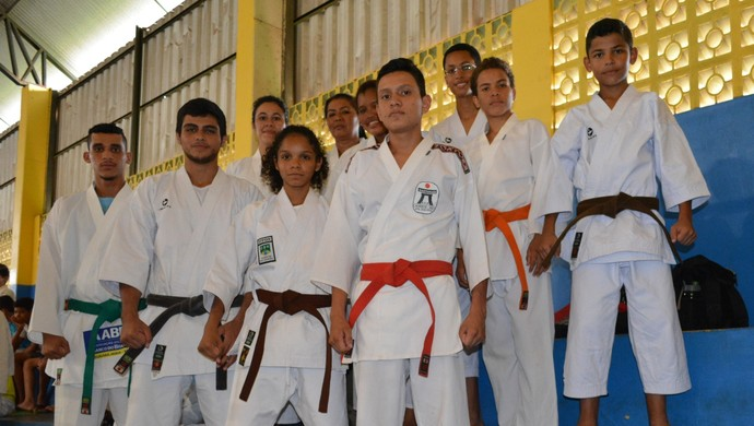 Grupo de Guajará-Mirim no Rondoniense de Karatê (Foto: Ivanete Damasceno)