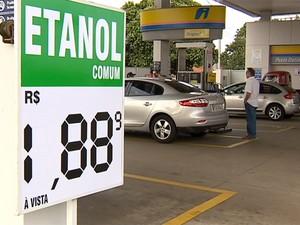 Etanol está mais barato em postos de Presidente Prudente (Foto: Reprodução/TV Fronteira)