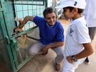 Veterinário cria uma 'Arca de Noé' em meio à revolução na Líbia
