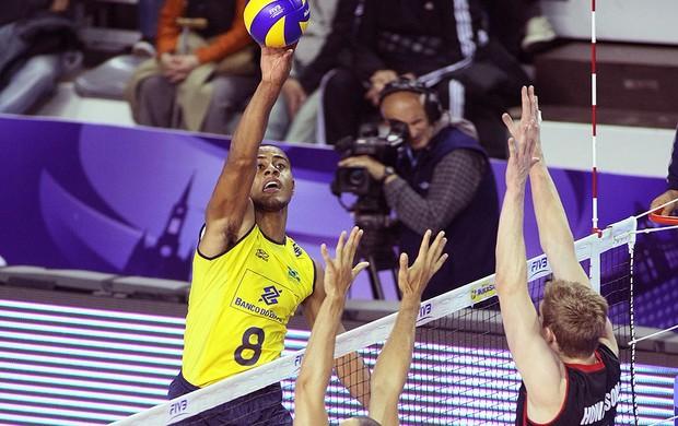 Brasil vôlei jogo Canadá (Foto: Divulgação / FIVB)