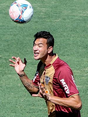 Réver no treino do Atlético-MG (Foto: Bruno Cantini / Site Oficial do Atlético-MG)